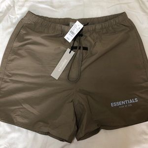 Fear of God Essentials Shorts Harvest